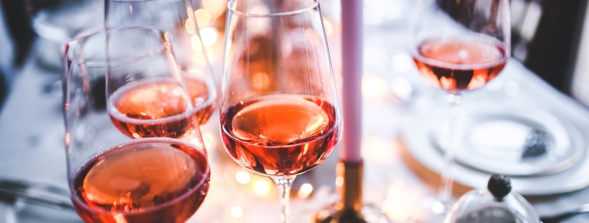 Picking the right stemware glasses for drinking wine